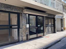 Foto Departamento en Alquiler en  Monserrat,  Centro (Capital Federal)  Chile al 1200