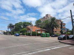 Foto Terreno en Venta en  Punta del Este ,  Maldonado  27 esq 18 , gran esquina, a pasos del Puertito !!