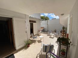 Foto Casa en Venta en  La Plata ,  G.B.A. Zona Sur  35 Entre 13 y 14