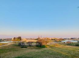 Foto Terreno en Venta en  El Golf,  El Golf  Lote vista al Golf, Nordelta El Golf