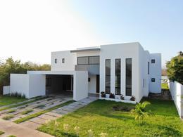 Foto Casa en Venta | Renta en  Hacienda Dzidzilche,  Mérida  Casa en venta en Merida, en privada campestre, para inversión