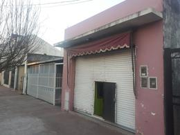 Foto Local en Alquiler en  Jose Clemente Paz ,  G.B.A. Zona Norte  La Finour al 300