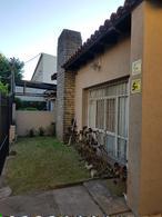 Foto Casa en Venta en  City Bell,  La Plata  473 bis e/ 13a y 13b