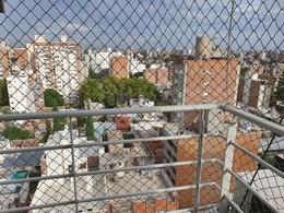 Foto Departamento en Venta en  Nuestra Señora De Lourdes,  Rosario  PUEYRREDON 1600- DOBLE PISO EXCLUSIVO- DOS COCHERAS- 182 m2