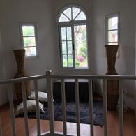 Foto Casa en Alquiler en  Saint Thomas,  Countries/B.Cerrado (E. Echeverría)  Alquiler - Casa amoblada en Saint Thomas Sur