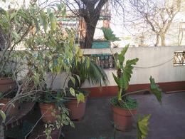Foto PH en Venta en  Almagro ,  Capital Federal  Castro  al 500