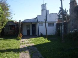 Foto Casa en Venta en  La Plata ,  G.B.A. Zona Sur  30 e 77  y 78  La Plata