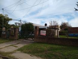 Foto Casa en Venta en  Open Door,  Lujan  Open Door ,Casa sobre asfalto , lote en esquina