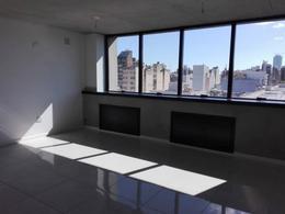 Foto Oficina en Alquiler en  Centro,  Cordoba  Av. DUARTE QUIROS al 600 - A ESTRENAR