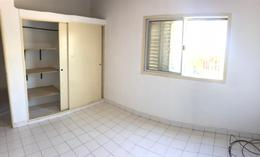 Foto thumbnail Casa en Alquiler en  Los Hornos,  La Plata  32 y 139