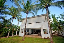 Foto Casa en Venta en  Lagos del Sol,  Cancún  Lagos del sol