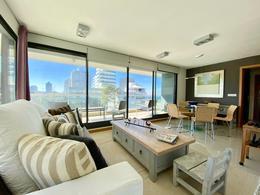 Foto Departamento en Venta | Alquiler temporario en  Playa Brava,  Punta del Este  Venta Departamento Playa Brava, penthouse, dos plantas con doble garaje