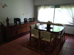 Foto thumbnail Casa en Venta en  Carrasco ,  Montevideo  Alberdi y Havre prox.