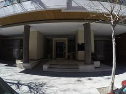 Foto Departamento en Venta en  Caballito ,  Capital Federal          Thompson al 800, CABA