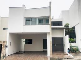 Foto Casa en Venta en  Privanzas 5 Sector,  Monterrey  CASA EN VENTA PRIVANZAS 5TO SECTOR ZONA MONTERREY