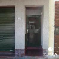 Foto PH en Venta en  Plaza Rocha,  La Plata  calle 8 entre 64 y 65