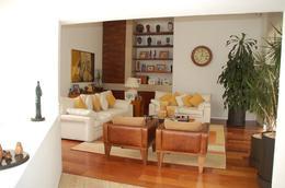 Foto Casa en Venta en  Lomas Country Club,  Huixquilucan  Casa en venta en calle cerrada en Portón de los Pinos, Lomas Country