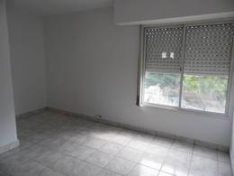 Foto Departamento en Alquiler en  General Roca ,  Rio Negro  TRES ARROYOS  al 700