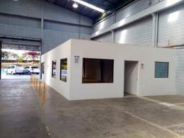 Foto Bodega Industrial en Renta en  Pavas,  San José  Rohrmoser/ Con oficinas / 1234 m2 / Seguridad 24/7