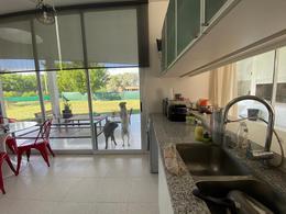 Foto Casa en Venta en  La Plata,  La Plata  Av 137 y 90