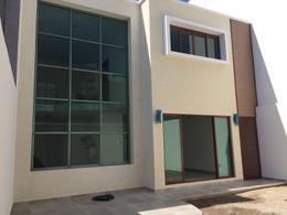 Foto Casa en Venta en  Fraccionamiento Costa de Oro,  Boca del Río  Casa Residencia en Venta en Costa de Oro para estrenar