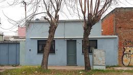 Foto Casa en Venta en  Ensenada ,  G.B.A. Zona Sur  Ecuador e/ Bossinga y Bernardo de Irigoyen