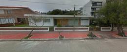 Foto Casa en Venta en  Rinconada,  Piriápolis  rambla