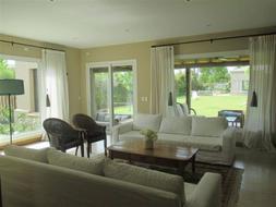 Foto Casa en Alquiler temporario en  Santa Barbara,  Countries/B.Cerrado (Tigre)  Av. Nordelta al 3900