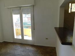 Foto Apartamento en Alquiler en  Palermo ,  Montevideo  Barrios Amorìn al 1100