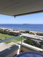 Foto Departamento en Venta en  Playa Mansa,  Punta del Este  Oportunidad 3 dormitorios frente al mar