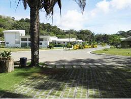 Foto Terreno en Venta en  Garabito ,  Puntarenas  Punta Leona / Club House / Plano