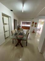 Foto Casa en Venta en  Banfield Este,  Banfield  Rincón 858