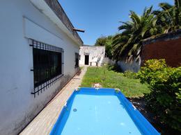 Foto Casa en Venta en  Moron Sur,  Moron  Curupaity al 800