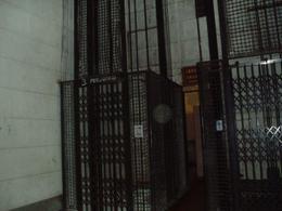 Foto Oficina en Alquiler en  San Nicolas,  Centro (Capital Federal)  Av Rivadavia 1200