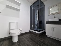 Foto Local en Renta en  Escazu,  Escazu  Consultorio en Distrito 4/ Dos espacios, recepción y un baño