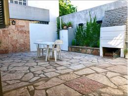 Foto Casa en Venta en  Libertad,  Merlo          Hermosa Casa sobre Av. Calle Real Merlo-Libertad