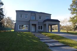 Foto Casa en Venta en  Saint Thomas,  Countries/B.Cerrado (E. Echeverría)  Saint Thomas Oeste