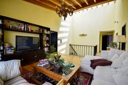 Foto Casa en Venta en  Interlomas,  Huixquilucan  CASA VENTA EN CALLE CERRADA
