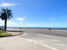 Foto Casa en Venta en  Punta Gorda ,  Montevideo  A pasos de la rambla