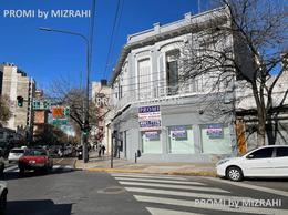 Foto PH en Alquiler en  Caballito ,  Capital Federal   Av. San Martín al 2401  esq. Camarones