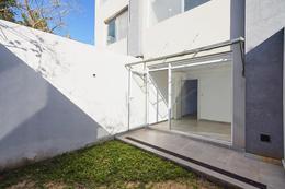Foto Casa en Venta en  La Lucila-Libert./Rio,  La Lucila  ROMA al 100