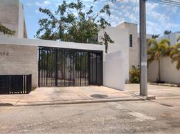 Foto Departamento en Renta en  Montes de Ame,  Mérida  Rento Townhouse amueblado Norte de Merida