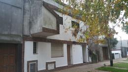 Foto Departamento en Venta en  La Plata,  La Plata  66 próx 120