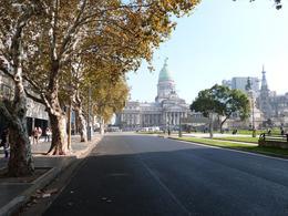 Foto Local en Alquiler en  Congreso ,  Capital Federal  Hipolito Irigoyen al 1600