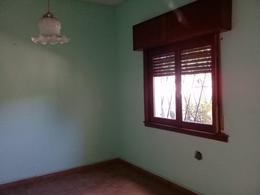 Foto Casa en Venta en  Lomas de Zamora Oeste,  Lomas De Zamora  Manuel de Falla al 500