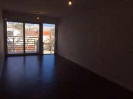 Foto Apartamento en Venta en  Parque Rodó ,  Montevideo  Sarmiento y patria. Con renta