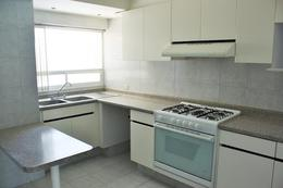 Foto Departamento en Venta en  Interlomas,  Huixquilucan    SKG Asesores Inmobiliarios vende departamento de 173.50 m2 en Residencial Sauces, Interlomas