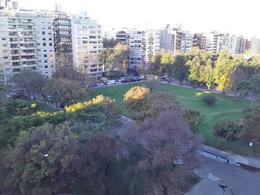 Foto Departamento en Alquiler en  Villa Biarritz ,  Montevideo  Frente a Parque Biarritz