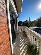 Foto Casa en Venta en  Muñiz,  San Miguel  ARISTOBULO DEL VALLE AL 800 - IMPORTANTE INMUEBLE RESIDENCIAL CON DETALLES DE CATEGORIA