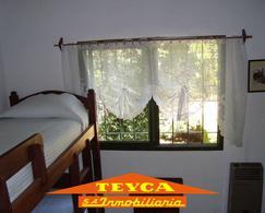 Foto Departamento en Venta en  Duplex,  Pinamar  Valle Fertil 1415 E/ Lisa y Escualos